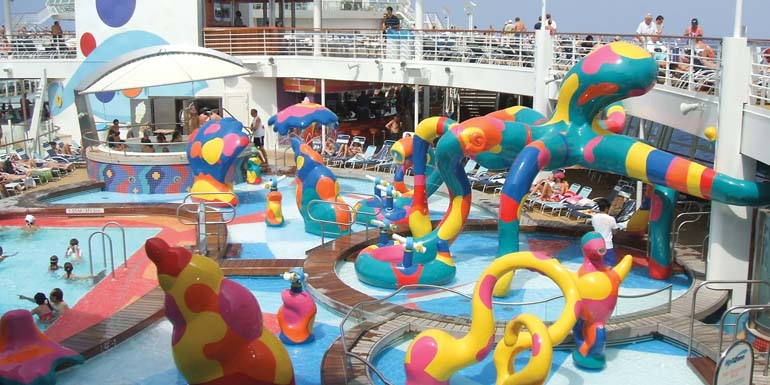 Children's Aquatic Play Features Oasis of the Seas_edited-1