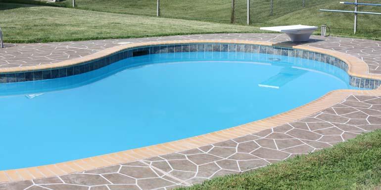res-pool-02