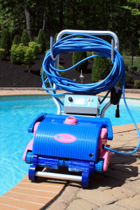blue-diamond-on-cart-pool-side-by-water-tech