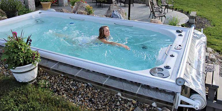 swim-spa-autocover-cropped