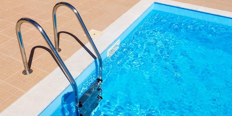 outdoor_pools_in