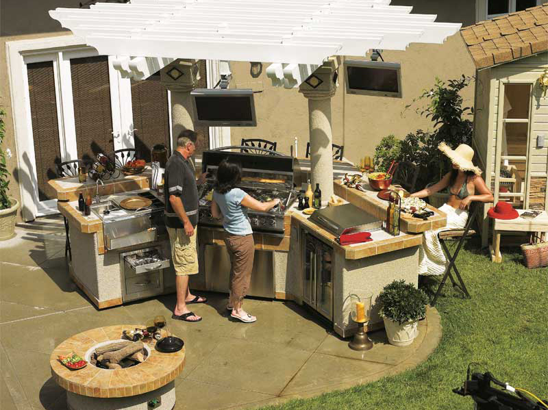 Outdoor kitchens help keep the entertainment in the backyard
