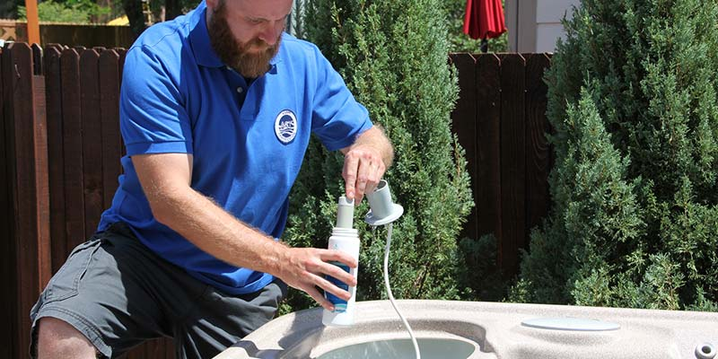 Nspf s ast course to be offered at canadian expo pool spa marketing for Swimming pool technician salary