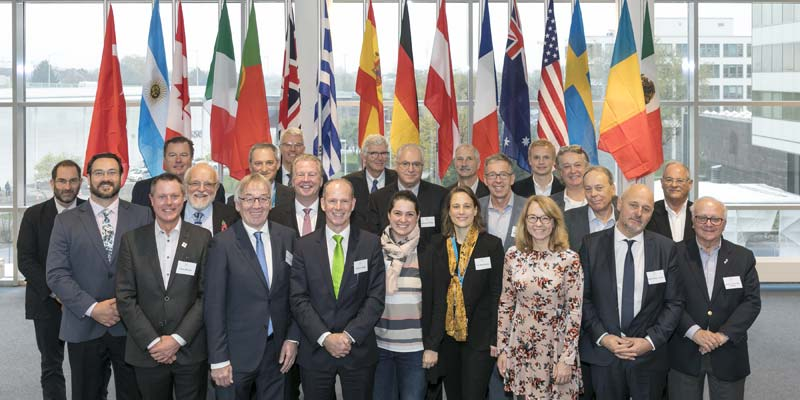Representatives from 16 pool and spa/hot tub associations form an international partnership