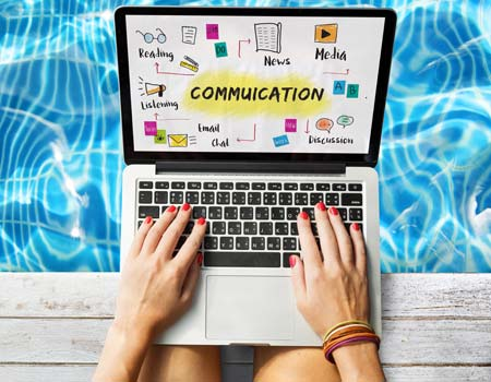Communication and feedback are two benefits businesses can achieve through social media marketing.