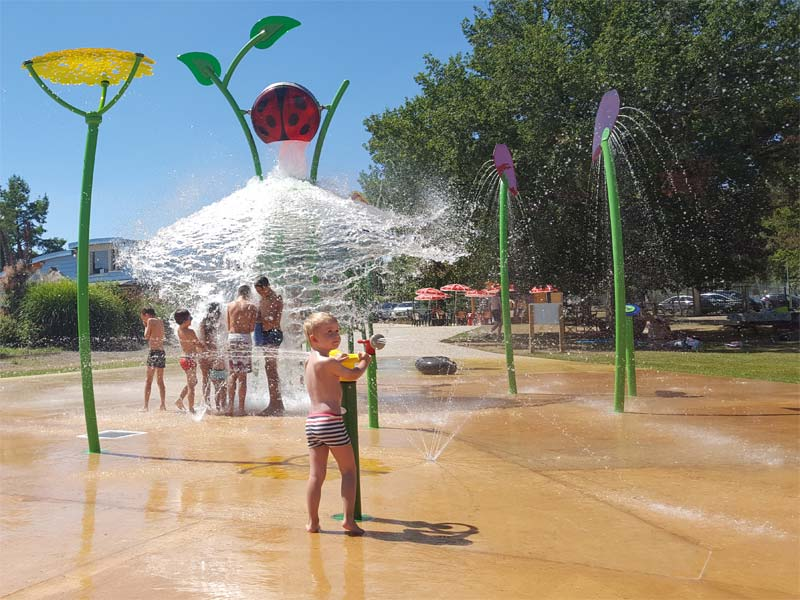KASO Sols et Jeux Aquatiques, in France, was recognized by Waterplay Solutions for aquatic play leadership in its region with the 2017 President's Award.