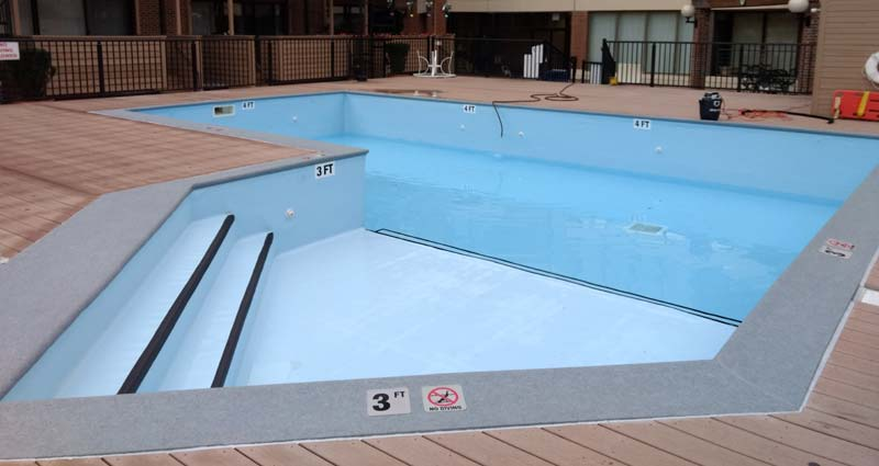 By renovating the pool, the condominium association achieved its goal in replacing the tired, leaking vessel, breathing new life into the outdoor living space.