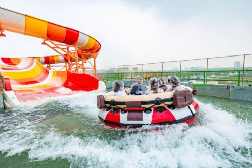 Shanghai Haichang Ocean Park opened its new rapid rivers ride Lava Drifting.