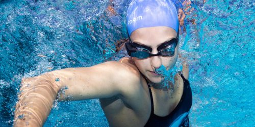 Sports technology company Form will be releasing smart goggles for competitive swimmers.