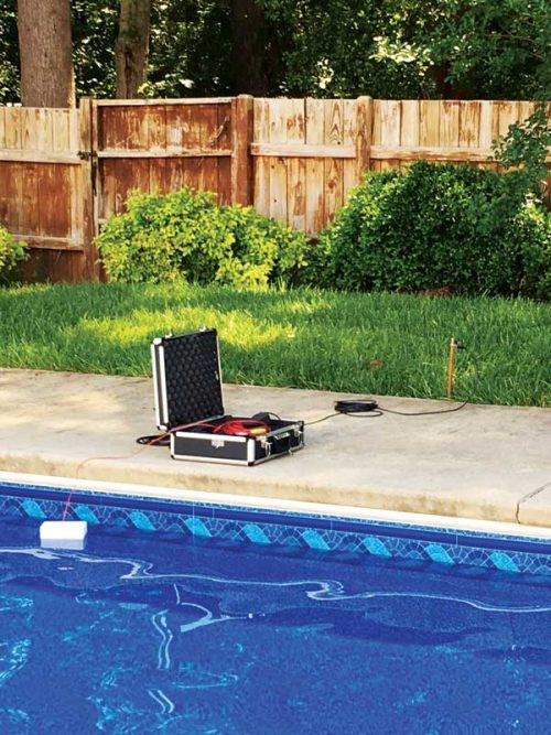 The square voltage applied from the transmitter is evenly distributed into the pool via the float and is attached to the ground rod, completing its circuit by finding a ground beneath the pool liner.