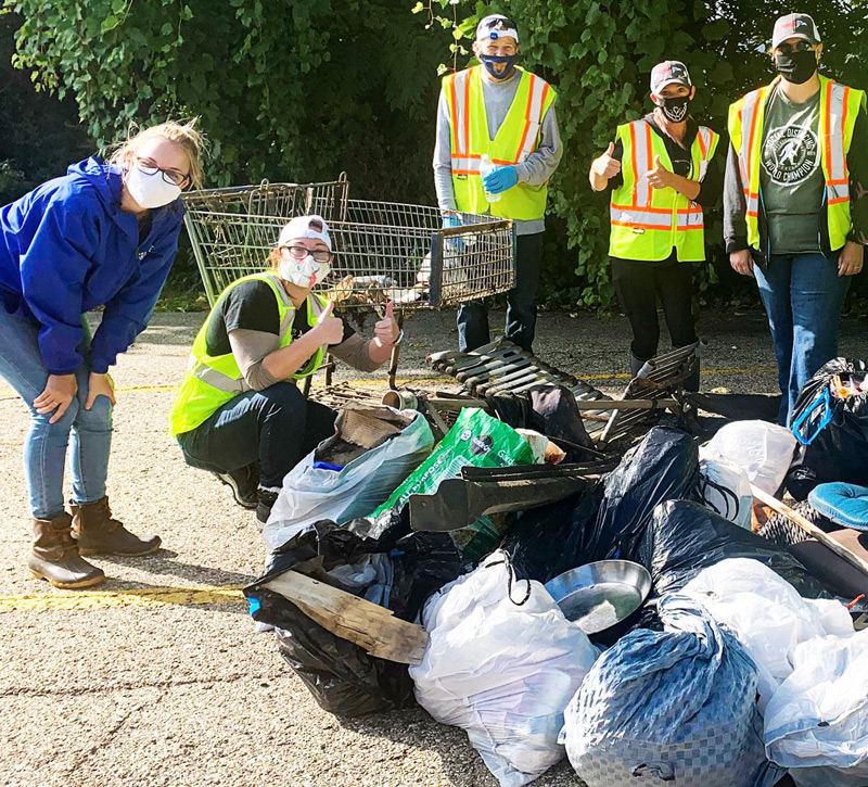 Employees of Haviland Manufacturing recently did their part to help clean up trash from and around the Grand River in Grand Rapids, Mich.